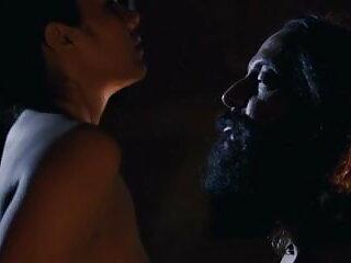 ग्रेट रैक के साथ भव्य युवा श्यामला काले डिक को हिंदी सेक्सी फिल्म फुल पथपाकर धूम्रपान पसंद करता है