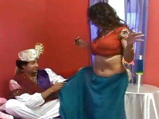 सेक्सी माँ मेज पर दो लंड लेता है हिंदी सेक्सी मूवी हिंदी सेक्सी मूवी