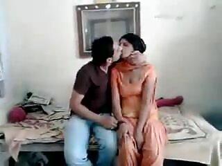 मैं हिंदी मूवी सेक्स मूवी मालकिन AUDREY का गुलाम हूँ