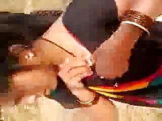 Slutty रसदार गधा गड़बड़ हो रही है सेक्सी फिल्म हिंदी मूवी