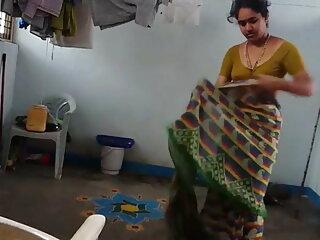 गर्म धोखा पत्नी छिपे हुए कैमरे सेक्सी हिन्दी मूवी पर पकड़ा गया