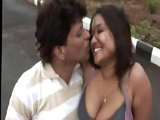 अच्छा सेक्स मूवीस हिंदी में त्रिगुट