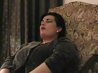 स्वीट बेब सेक्सी मूवी हिंदी हस्तमैथुन उसके लैपटॉप के सामने