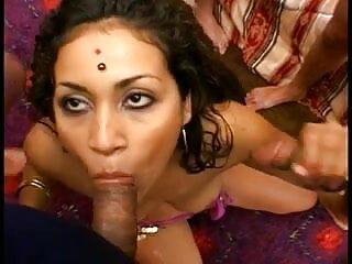 असली छिपे हुए कैमरे सेक्सी मूवी ब्लू पिक्चर पर श्यामला पत्नी