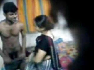 बरगंडी आउटफिट सेक्सी मूवी हिंदी फिल्म डिल्डो में कुतिया उसे योनी कमबख्त
