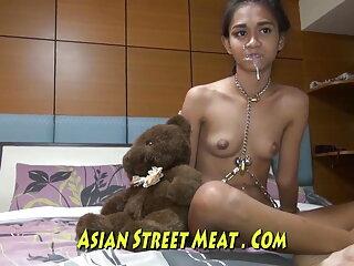 थाई लड़की चूसना डिक हॉलीवुड हिंदी सेक्स फिल्म