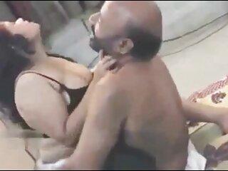 गोरा गाढ़ा और मैडम ने नीले बालों सेक्स पिक्चर फुल मूवी के साथ छेड़ा