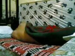 रैंडी कुतिया हिंदी वीडियो सेक्सी मूवी एक काला डिक कर रही है