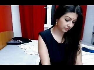 संचिका हिंदी वीडियो सेक्सी मूवी बेब शर्मीला चमकदार काले जूते में कमबख्त