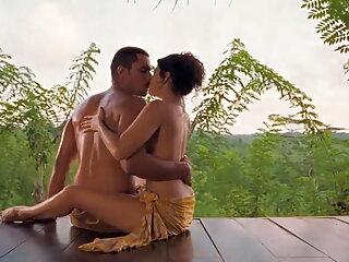 क्लाउडिया हिंदी सेक्सी पिक्चर मूवी एडकिंस - लेडी लक