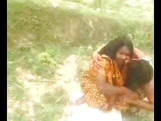भारी चूत के छल्ले के साथ भारी छेदा गोरा सेक्सी पिक्चर हिंदी फुल मूवी