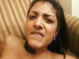 मुझे तम्बू में रखा सेक्सी मूवी दिखाइए हिंदी में गया था !!