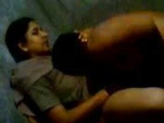 इचिको ने एक मोटी हार्ड डिक के साथ उसके गोल फाट हिंदी मूवी पिक्चर सेक्सी गधे को भर दिया है