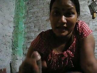 हॉट युवा राजस्थानी सेक्सी मूवी वीडियो श्यामला उसके निपल्स हो जाता है, बिल्ली बिस्तर पर बंधे हुए जबकि