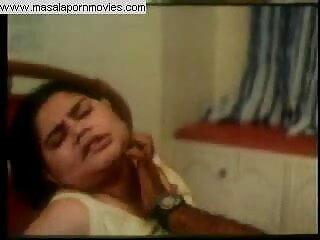 एमेच्योर चेक लड़की पंजाबी सेक्सी फिल्म मूवी lapdances और चेहरे हो जाता है
