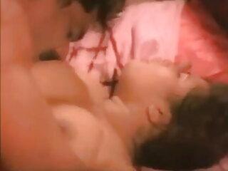 जर्मन लेडी हिंदी मूवी सेक्स मूवी को चूसना और निगलना पसंद है - बस्टेरो
